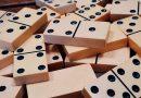 Najpopularniejsze gry planszowe dzieciństwa. W co graliśmy w młodości?